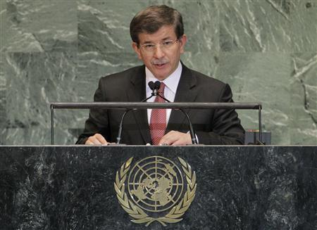 Turkish Foreign Minister Ahmet Davutoglu addresses the 67th United Nations General Assembly at the U.N. Headquarters in New York, September 28, 2012. REUTERS/Brendan McDermid