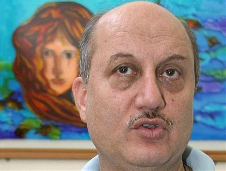 Bollywood actor Anupam Kher speaks during a news conference in Chandigarh May 13, 2007. REUTERS/Ajay Verma/Files