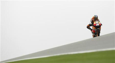 Honda MotoGP rider Dani Pedrosa of Spain rides during third free practice at the Aragon Grand Prix at Motorland race track in Alcaniz, near Zaragoza, September 29, 2012. REUTERS/Albert Gea