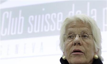 Carla Del Ponte, former prosecutor of the International Criminal Tribunal for former Yugoslavia addresses a conference at the Geneva Press Club in Geneva April 5, 2011. REUTERS/Denis Balibouse