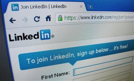 The sign up page of Linkedin.com is seen in Singapore, May 20, 2011. LinkedIn Corp's shares more than doubled in their public trading debut on Thursday, evoking memories of the investor love affair with Internet stocks during the dot-com boom of the late 1990s. REUTERS/David Loh