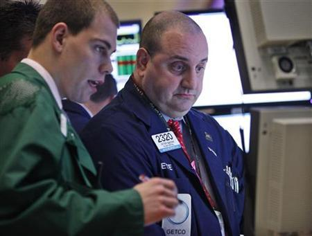 Traders work on the floor of the New York Stock Exchange October 1, 2012. REUTERS/Brendan McDermid