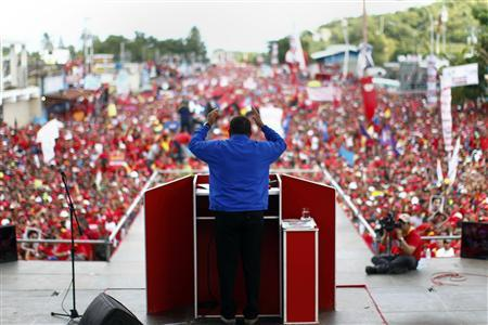 Venezuela's President and presidential candidate Hugo Chavez speaks to supporters during a campaign rally in Yaritagua, in the state of Yaracuy October 2, 2012. REUTERS/Jorge Silva