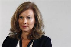Valerie Trierweiler não pretende relançar carreira na televisão mas continua como colunista da revista Paris Match. 20/09/2012. REUTERS/Jacky Naegelen
