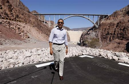 U.S. President Barack Obama visits the Hoover Dam during in Boulder City, Nevada October 2, 2012. REUTERS/Kevin Lamarque