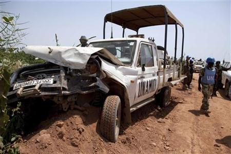 One of the United Nations-African Union Mission in Darfur (UNAMID) vehicles that was ambushed by unidentified assailants is seen at El Geneina, October 3, 2012. REUTERS/United Nations-African Union Mission in Darfur/Albert Gonzalez Farran/Handout
