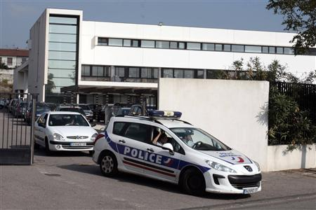 A police car leaves the Anti Criminal Brigade (Bac) at the North Districts Police station in Marseille, October 5, 2012. REUTERS/Stringer