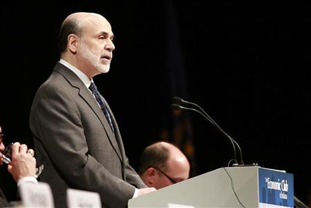 U.S. Federal Reserve Chairman Ben Bernanke addresses the Economic Club of Indiana in Indianapolis October 1, 2012. REUTERS/Brent Smith