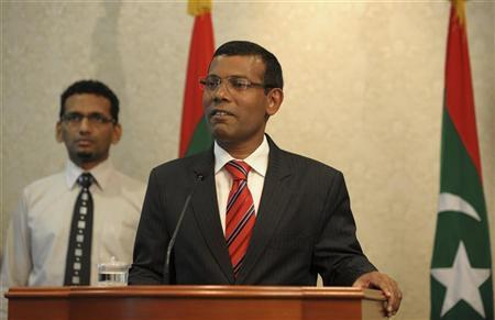 Maldives President Mohamed Nasheed announces his resignation in Male February 7, 2012. REUTERS/Stringer