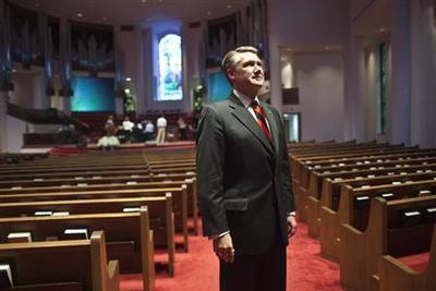 Hundreds of pastors back political candidates, defy...