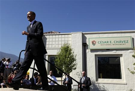 U.S. President Barack Obama walks out to speak at the Cesar E. Chavez National Monument in Keene, California, as part of his three day campaign swing in California and Ohio, October 8, 2012. REUTERS/Larry Downing