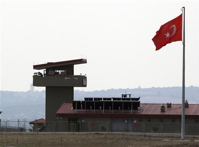 A Turkish military post is seen on the Turkish-Syrian border near the village of Hacipasa in Hatay province, southern Turkey October 9, 2012. REUTERS/Osman Orsal (TURKEY - Tags: POLITICS MILITARY)