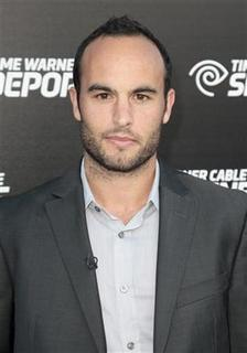 Major League Soccer (MLS) player Landon Donovan arrives at the Time Warner Cable Sports launch event for Time Warner Cable SportsNet and Time Warner Cable Deportes in El Segundo, California October 1, 2012. REUTERS/Jason Redmond