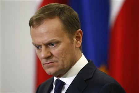 Poland's Prime Minister Donald Tusk listens to questions during a news conference with Deputy Prime Minister Waldemar Pawlak (not pictured) at Parliament in Warsaw March 29, 2012. REUTERS/Kacper Pempel