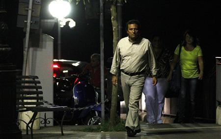 Francesco Schettino walks in his hometown of Meta di Sorrento near Naples, October 11, 2012. The captain of the Costa Concordia which ran into a rock and capsized off the Italian coast in January, killing up to 32 people, has sued for wrongful dismissal, his lawyer said on Wednesday. Schettino faces charges of multiple manslaughter and abandoning ship and preliminary hearings will begin on October 15. REUTERS/Ciro de Luca