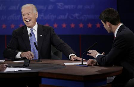 Vice President Joe Biden (L) debates Republican vice presidential nominee Paul Ryan (R) during the vice presidential debate in Danville, Kentucky October 11, 2012. REUTERS/John Gress