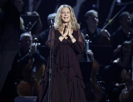 Barbra Streisand performs ''Evergreen'' at the 53rd annual Grammy Awards in Los Angeles, California February 13, 2011. REUTERS/Lucy Nicholson