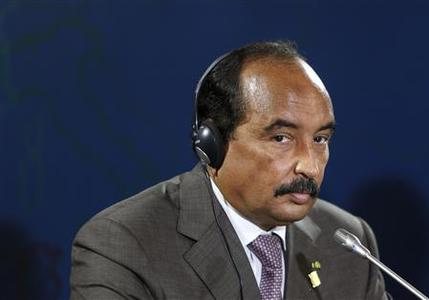 Mauritania's President Mohamed Ould Abdel Aziz takes part in the closing news conference after a summit of Mediterranean neighbours at Verdala Palace outside Valletta, in this October 6, 2012 file photo. REUTERS/Darrin Zammit Lupi/Files