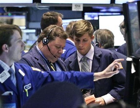 Traders work on the floor of the New York Stock Exchange September 18, 2012. REUTERS/Brendan McDermid