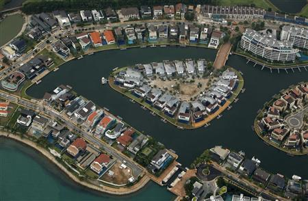 An aerial view of the Sentosa Cove luxury homes in Singapore in this February 14, 2012 file photo. REUTERS/Edgar Su/Files
