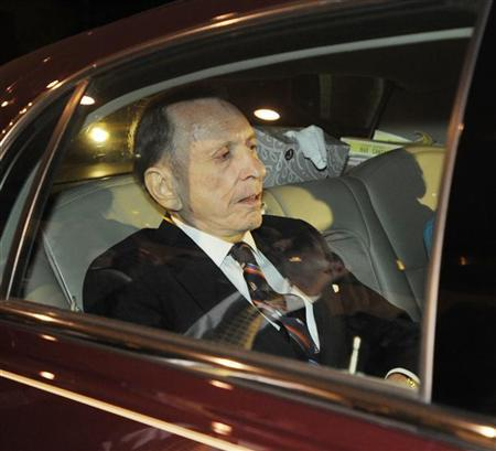 Sen. Arlen Specter (D-PA) departs his campaign reception following his concession speech, conceding the Senate Democratic nomination to Congressman Joe Sestak in Philadelphia, Pennsylvania, in this May 18, 2010 file photo. REUTERS/Bradley Bower