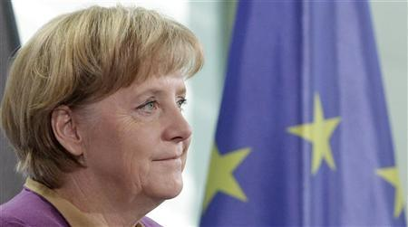 German Chancellor Angela Merkel pauses during a statement to the media in Berlin, October 12, 2012. REUTERS/Tobias Schwarz