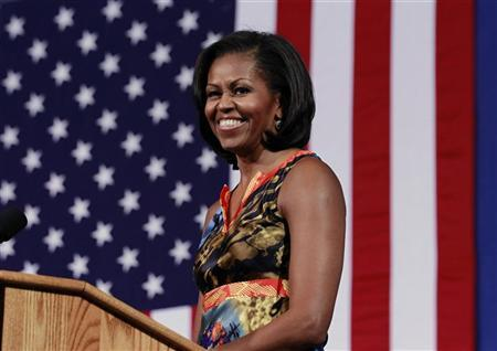U.S. first lady Michelle Obama participates in an election campaign rally to re-elect her husband Barack Obama at the University of Mary Washington in Fredericksburg, Virginia, September 13, 2012. REUTERS/Jason Reed