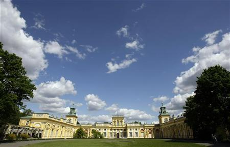 A general view of the baroque palace of Wilanow in Warsaw May 13, 2009. REUTERS/Peter Andrews