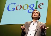Henrique De Castro, executivo do Google, faz discurso durante Cannes Lions 2010 International Advertising Festival em Cannes, em junho de 2010. O Yahoo contratou Henrique de Castro para ser seu novo vice-presidente de operações. 23/06/2010 REUTERS/Sebastien Nogier