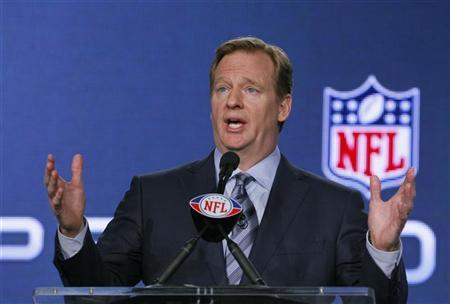 NFL Commissioner Roger Goodell speaks at a news conference before the Super Bowl XLVI NFL football game in Indianapolis, Indiana February 3, 2012. REUTERS/Mike Segar