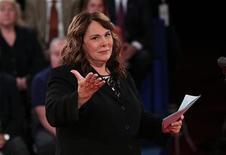 Jornalista Candy Crowley foi acusada de favorecer o presidente Barack Obama durante o debate desta terça-feira. 16/10/2012. REUTERS/Win McNamee/Pool