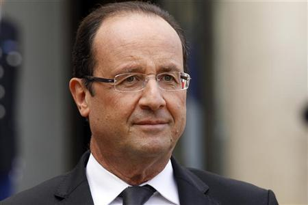 France's President Francois Hollande is seen after a meeting at the Elysee Palace in Paris, October 15, 2012. REUTERS/Benoit Tessier