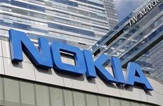 Prejuízo da fabricante de celulares finlandesa Nokia foi menor que o esperado para o trimestre. 09/10/2012 REUTERS/Mario Anzuoni