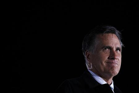 U.S. Republican presidential nominee and former Massachusetts Governor Mitt Romney speaks at a campaign rally in Leesburg, Virginia, October 17, 2012. REUTERS/Jim Young