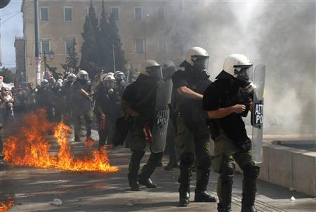 Clashes erupt at Greek anti-austerity protests