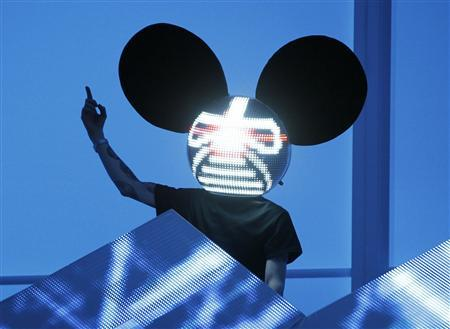 Deadmau5 performs at the 54th annual Grammy Awards in Los Angeles, California in this February 12, 2012 file photograph. REUTERS/Danny Moloshok/Files
