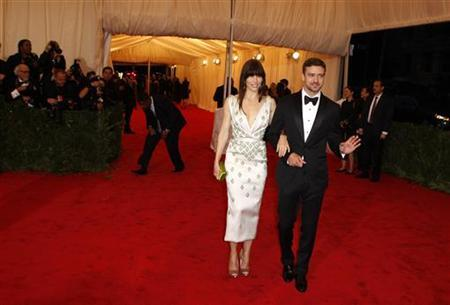 Actors Jessica Biel and Justin Timberlake arrive at the Metropolitan Museum of Art Costume Institute Benefit celebrating the opening of the ''Schiaparelli and Prada: Impossible Conversations'' exhibition in New York, May 7, 2012. REUTERS/Lucas Jackson