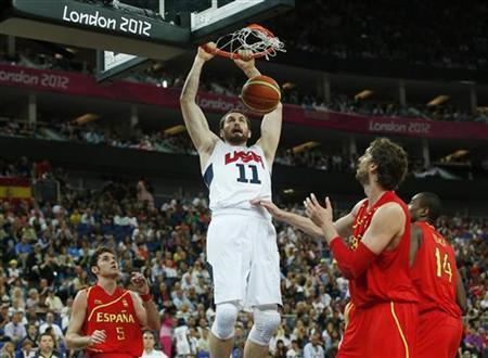 Kevin Love of the U.S. dunks against Spain during their men's gold medal basketball match at the North Greenwich Arena in London during the London 2012 Olympic Games August 12, 2012. REUTERS/Sergio Perez