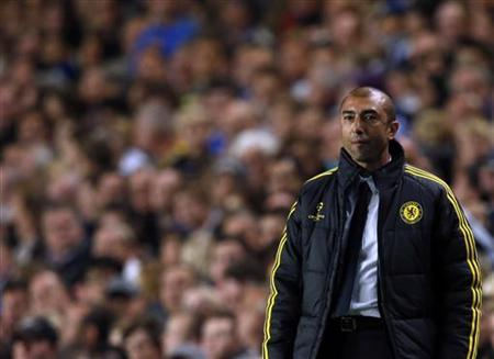 Chelsea manager Roberto Di Matteo reacts during their Champions League soccer match against Juventus at Stamford Bridge in London September 19, 2012. REUTERS/Eddie Keogh