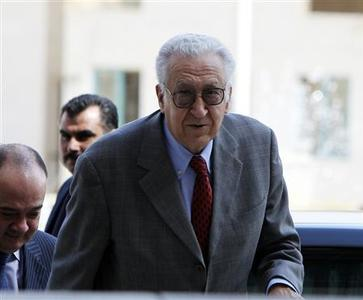 UN-Arab League peace envoy for Syria Lakhdar Brahimi arrives for a joint news conference in Amman October 18, 2012. REUTERS/Ali Jarekji