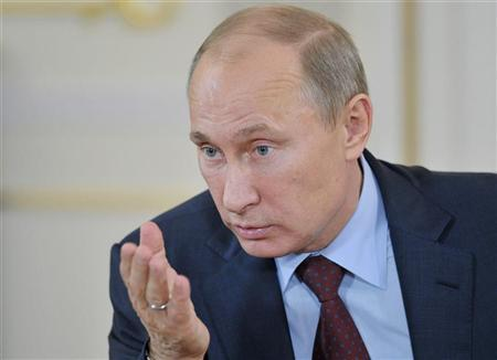 Russia's President Vladimir Putin speaks during a meeting with members of All Russia People's Front at the Novo-Ogaryovo residence outside Moscow, October 18, 2012. REUTERS/Aleksey Nikolskyi/RIA Novosti/Pool