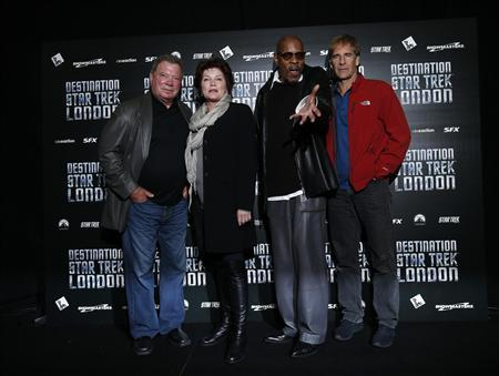 (L-R) William Shatner, Kate Mulgrew, Avery Brooks and Scott Bakula, who played Star Trek captains, pose for photographers at the ''Destination Star Trek London'' event in London October 19, 2012. REUTERS/Suzanne Plunkett