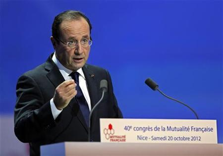 France's President Francois Hollande delivers a speech at the French non-profit health insurance (Mutualite Francaise) congress in Nice October 20, 2012. REUTERS/Eric Gaillard