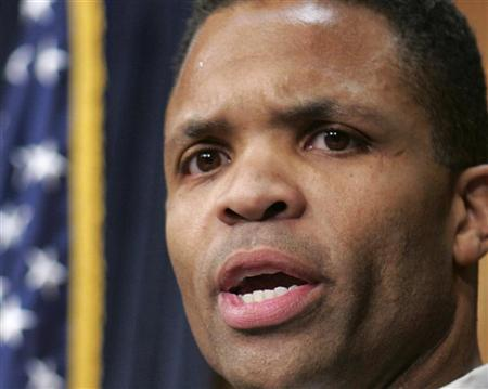 U.S. Rep Jesse Jackson Jr. (D-Il) speaks at a news conference, where he responded to allegations of involvement with Illinois Gov. Rod Blagojevich, on Capitol Hill in Washington in this file December 10, 2008 photo. REUTERS/Mitch Dumke