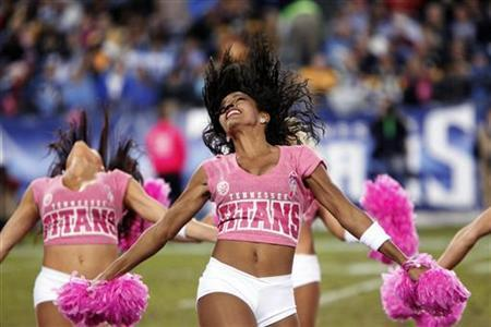 Tennessee Titans cheerleaders perform in the first half of their NFL football game against the Pittsburgh Steelers in Nashville, Tennessee October 11, 2012. REUTERS/Harrison McClary