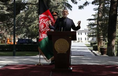 Afghanistan's President Hamid Karzai speaks during a news conference in Kabul October 4, 2012. REUTERS/Omar Sobhani/Files