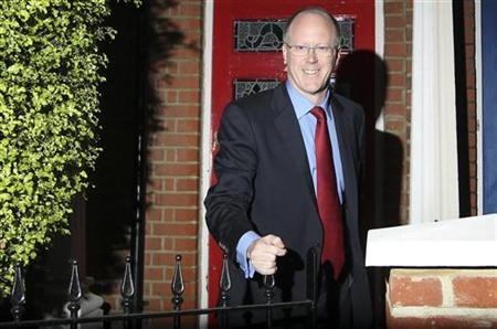 BBC director-general George Entwistle leaves his home in south London, October 23, 2012. REUTERS/Olivia Harris