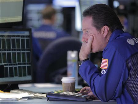 Weak outlooks doom Dow to worst day in four months