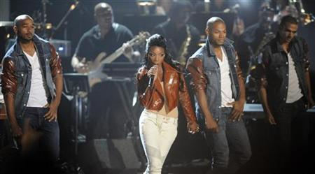 Singer Brandy performs during a tribute to the late Whitney Houston at the 2012 BET Awards in Los Angeles, July 1, 2012. REUTERS/Phil McCarten