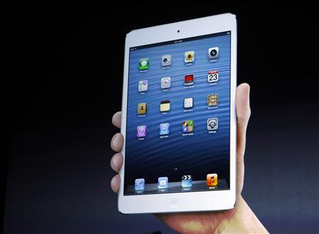 Apple unwraps mini-iPad to take on Amazon, Google